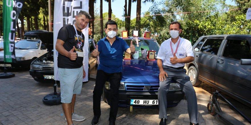 Türkiye'nin dört bir yanından gelen Uno tutkunları Antalya'da buluştu