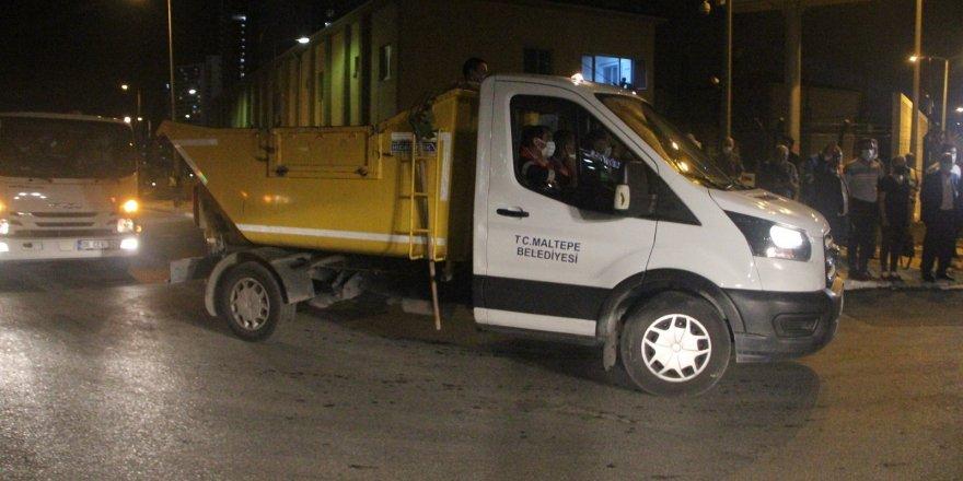 Maltepe sokaklarında ekipler sabahın ilk ışıklarına kadar çalıştı