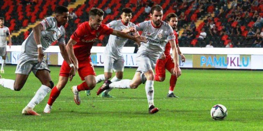 Gaziantep ligdeki ilk galibiyetini aldı !
