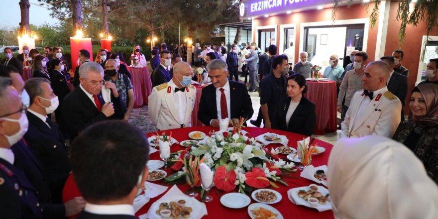 Erzincan'da 30 Ağustos Zafer Bayramı resepsiyonu