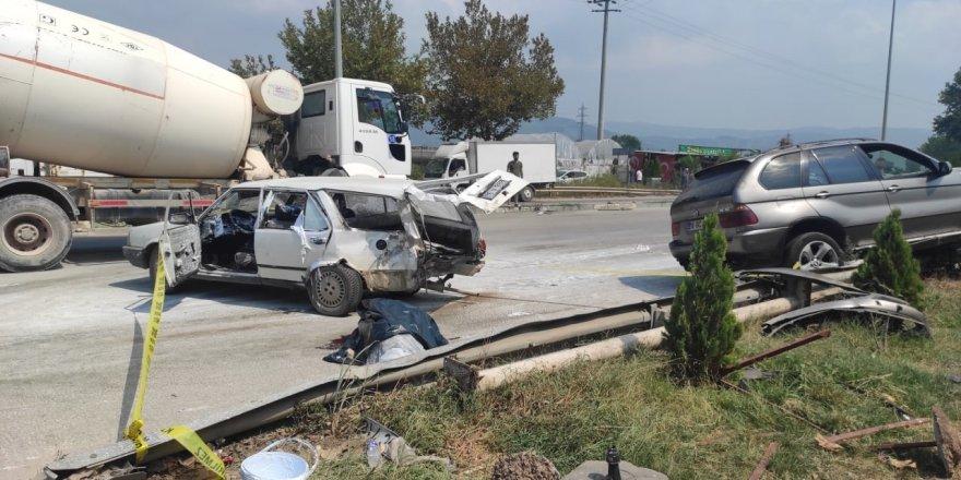 Korkunç kazada araçtan böyle fırladı !