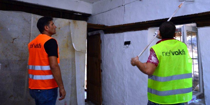Manavgat'ta 398 binanın 160'ı onarıldı