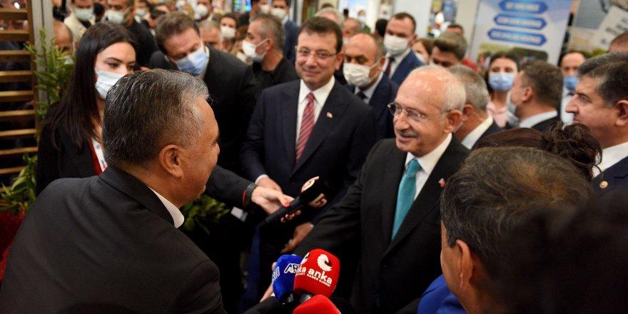 CHP Lideri Kılıçdaroğlu Murtapaşa standında