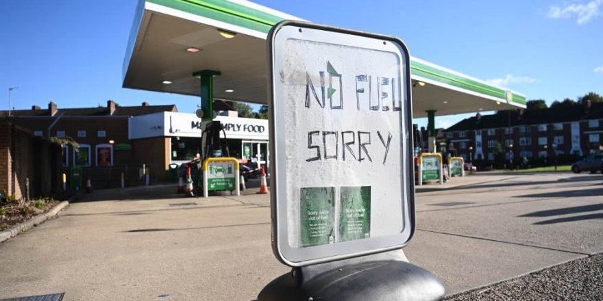 İngiltere'de petrol krizi devam ediyor