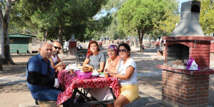 Larak Halk Plajı ve piknik alanı yenilendi