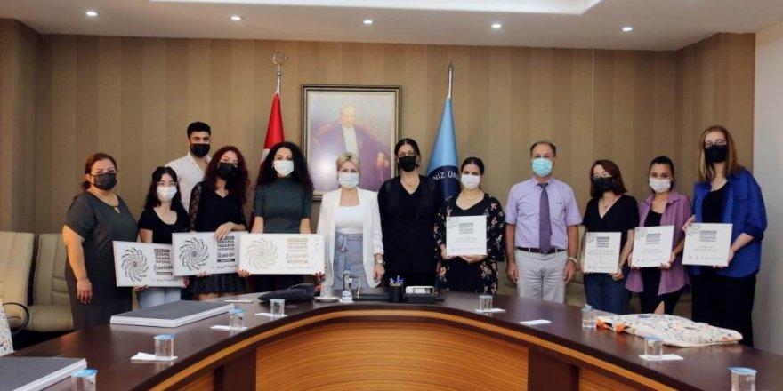 Tasarım yarışmasında ödüller Akdeniz Üniversitesi'nin