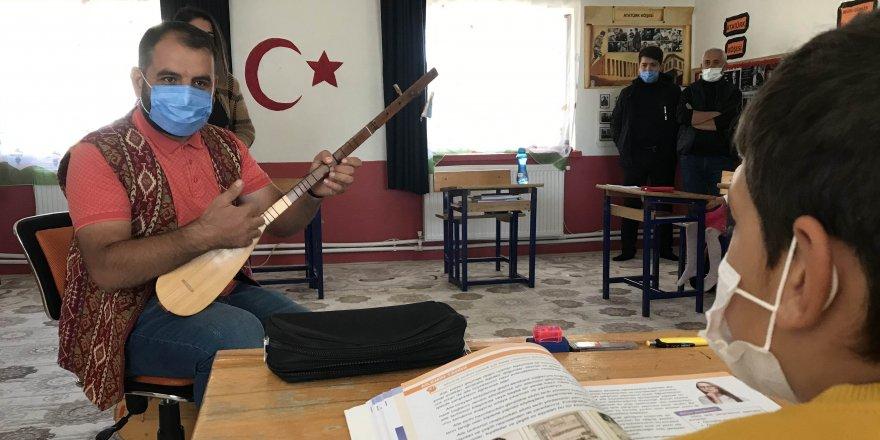 3 bin yıllık  müzik aletleri, Aygün öğretmenle hayat buluyor