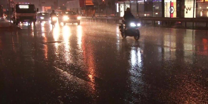 İstanbul'da yağış şoku