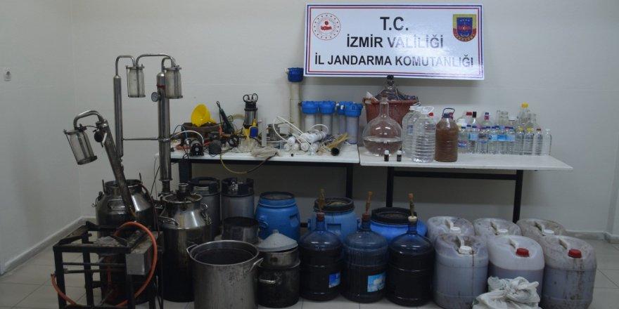 Sahte içki üretim deposuna baskın