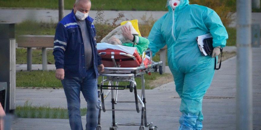 Rusya'da kovid ölümleri pik yaptı