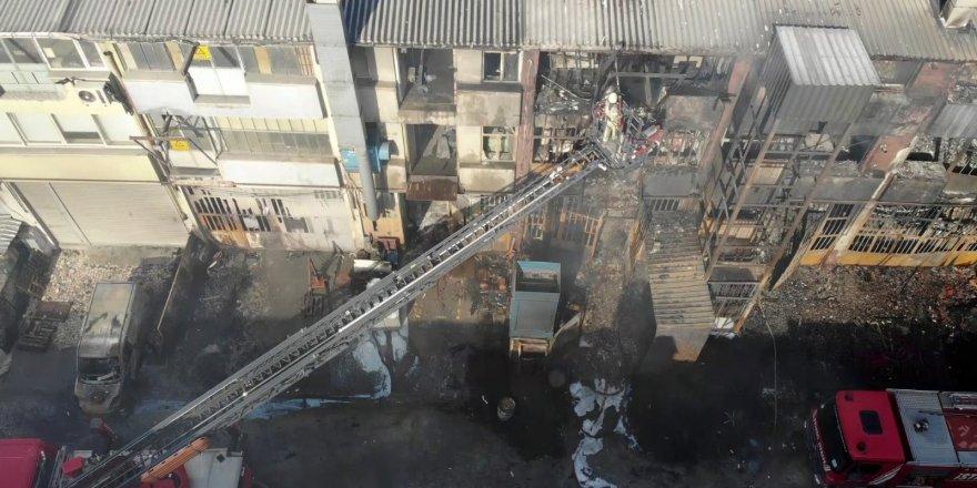 Başakşehir'de büyük çapta hasar gören fabrika havadan drone ile görüntülendi