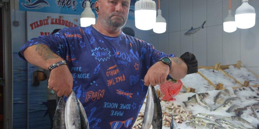 Denizlerde av sezonu açıldı, sezonun ilk palamutları 25 TL