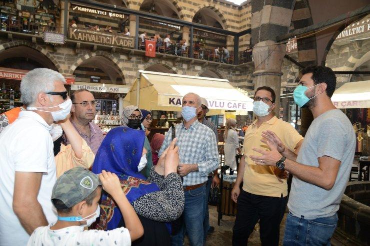 Konya'dan gelen görme engelliler Diyarbakır'ı hissetti